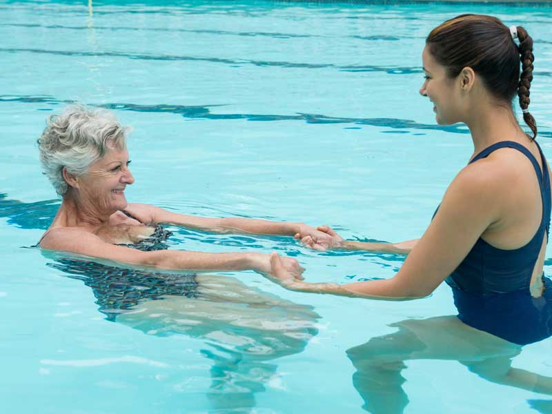 Aravilla Sarasota Independent Assisted Living Pool Therapy